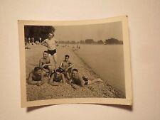 Mannheim a. Rh. - 1937 - 6 Männer in Badehose am Strand / Foto