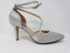 ERIJUNOR Women Size 6 Heels silver satin Ankle strap EUC