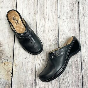 Soft Walk Black Leather Mule Wedges Embroidered Size 8M