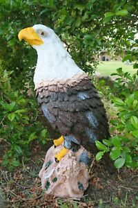 WEDGE TAIL EAGLE PERCHED ON A ROCK BIRD ANIMAL GARDEN STATUE ORNAMENT FIGURINE