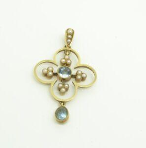 Beautiful 15ct Gold Aquamarine and Pearl Pendant