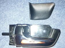 04-09 TOYOTA PRIUS LEFT INTERIOR REAR DOOR HANDLE 69274 47020 and Trim Piece