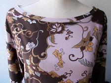 feminines Shirt mit üppiger Blütenverzierung