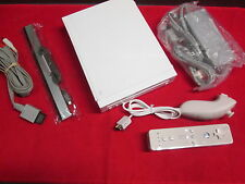 White Nintendo Wii Video Game Console Very Good 0486