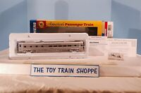 WALTHERS 932-9004 SANTA FE SUPER CHIEF P-S 29-SEAT DORMITORY-LOUNGE. NEW IN BOX.