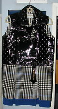 Yves Saint Laurent Winter / Fall 2011 Collection Size 36 / 4 USA Plaid Coat