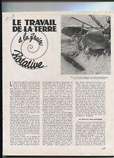 N°8263 /  Le travail de la terre à la fraise rotative ,machine agricole  1947