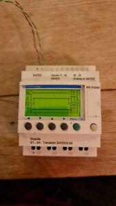 Brand New Schneider Zelio PLC SR2B122BD