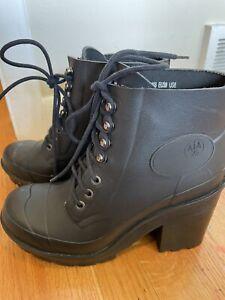 Hunter Boots Womens Size 8 Black, Short Boot
