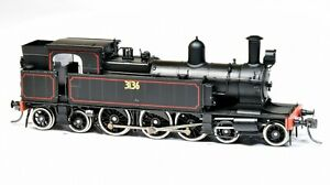 Austrains HO scale NSWGR C30 tank locomotive 3136 with headlight