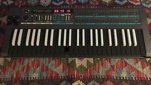 Korg POLY-800 Vintage Analog Synth W/ Reverse Keys
