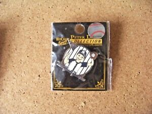 NY New York Yankees Boy Fan lapel pin MLB