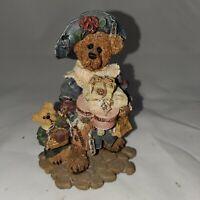Boyds Bears & Friends Figurine - Grace & Jonathan...Born to Shop