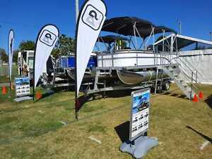 19ft 60hp Luxury Pontoon Boat & Trailer