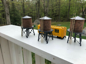 Lot of 3 HO Walthers built up Water Tanks