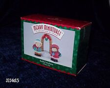 New in Box Hallmark Holidays 1996 Merry Miniatures Bashful Mistletoe 3-Piece Set