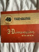 View-Master 3-Dimension Viewer vintage Model E & 5 European Scenic Reels
