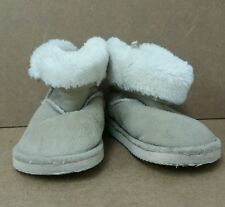 Baby Girls Beige Boots Size 4 Warm <J5594