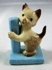 Hagen Renaker miniature made in America Siamese Kitten cat with Scratching post