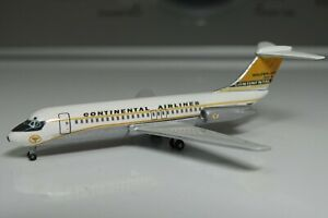 CUSTOM 1/400 Scale Continental Airlines Golden Jet DC-9-15