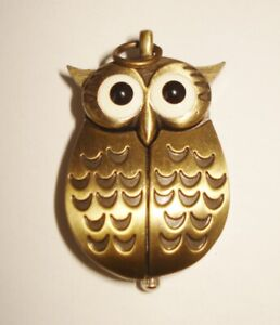 VINTAGE GOLD TONE WATCH BEAUTIFUL OWL FIGURINE DESIGN NEEDS BATTERY NR