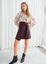 & other stories mini jupe ceinture cuir burgundy taille 36 NWT