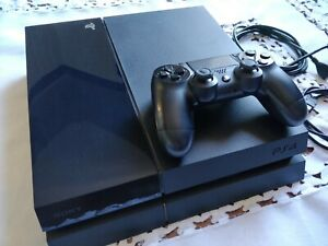 Sony Playstation 4 500GB Console con 1 DualShock
