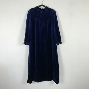 Vintage 1980s Aria Velvet Nightgown Size M Navy Blue Long Sleeve Womens