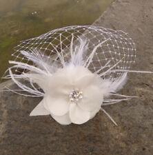 Braut mini Schleier Fascinator Seiden Blume Federn ivory Hochzeit Haarschmuck