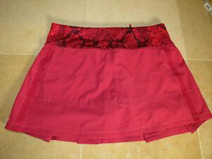 Lululemon 4 Pace Rival Skirt Cranberry Mini Ziggy Snake Red EUC! Pretty!