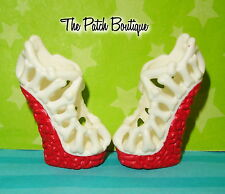 MONSTER HIGH GHOULIA YELPS DOT DEAD GORGEOUS REPLACEMENT RED WHITE BONE SHOES