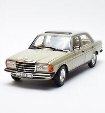 Revell 08808 Rarität Mercedes Benz 230 E Limousine in beige,  1:18, OVP, B317