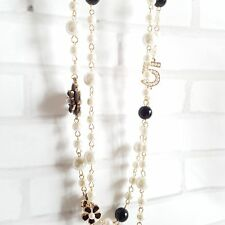 Beautiful Pearls Black White Camellia Necklace Number 5 Bijoux