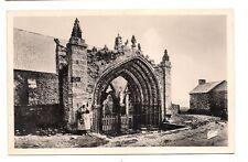 la pointe de st-mathieu  portail de l'ancienne eglise paroissiale