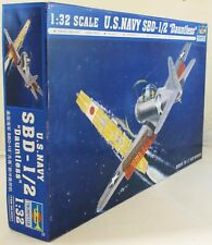 Trumpeter 1:32 02241 SBD-1/2 Dauntless US Navy Model Aircraft Kit
