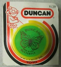 """VINTAGE 2"""" GREEN AND YELLOW DUNCAN BUTTERFLY YO-YO IN PACKAGE"""
