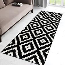Modern Black & White Hall Runner Geometric Pattern Short Pile Rug for Hallway
