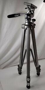 HEAVY DUTY VELBON VGB-3C Photographer Aluminum Tripod w/crank & 3-Way Pan/Tilt