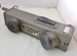 WWII Signal Corps US Army Radio Receiver Transmitter BC- 611-F Walkie Talkie