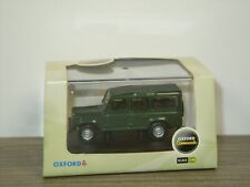 Land Rover Defender - Oxford 1:76 in Box *43694