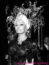 Actress Sophia Loren (36) - Celebrity Photo Print