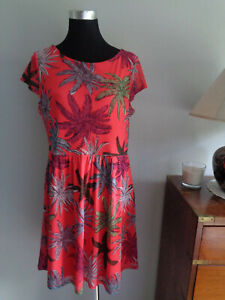 COMMA tolles Kleid rot Gr. 42 *super Zustand*