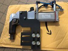 DE-STA-CO 82M12304UC8 DESTACO CLAMP USED 8PW-046-2 Attachments 8bar SEE PICS