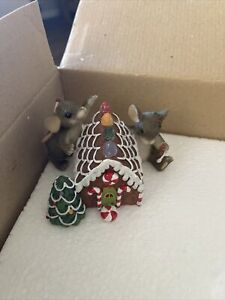 "Charming Tails ""Home Sweet Home"" Christmas 98/290 [Retired] Original Box"