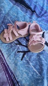 Baby sandalen Mädchen - gr 18/19 - H&M