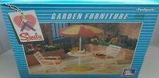 Rare Vintage Pedigree Sindy Complete 1983 Garden Patio Furniture Set    NEW NRFB