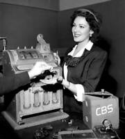 OLD CBS TV RADIO PHOTO Radio drama, A Killing in Las Vegas with Linda Darnell 2