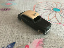 Voiture Miniature Ford Vedette Taxi 24X Dinky Toys Meccano France au 1/43