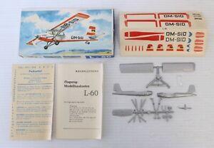 VEB Plasticart L-60 Brigadyr 1/100 Flugzeug Modellbaukasten Plastic Model Kit
