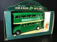 Die Cast Souvenir Irish Bus Ireland Land Of One Hundred Thousand Welcome. 65